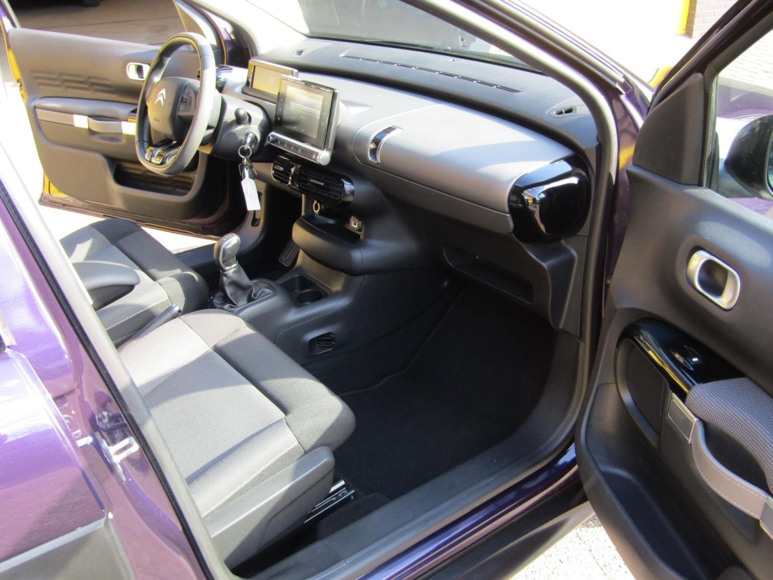 Citroën-C4 Cactus-10